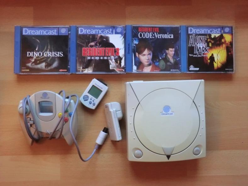 Dreamcast Controller VMU Rumble Pack Dino Crisis Resident Evil 3 Nemesis Code Veronica Alone in the Dark